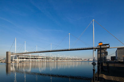 Arch-22-royal-dock-bridge_xlarge.jpg